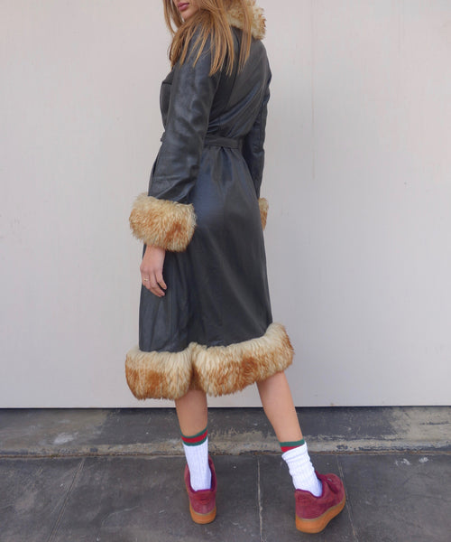 VINTAGE LEATHER FAUX FUR COAT - MIISHKA Vintage Clothing