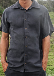 Men's Short Sleeve Voyager Shirt Charcoal