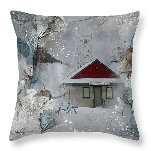 Leuty Lifeguard Station - Throw Pillow