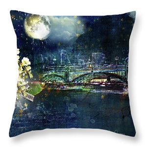 Night - Eclipse  - Throw Pillow