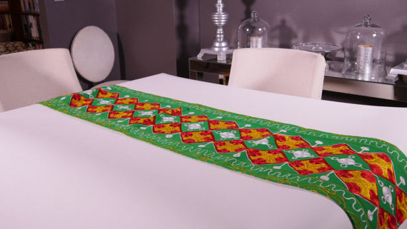 Ghanaian Textile Table Runner (TAB108_lg)