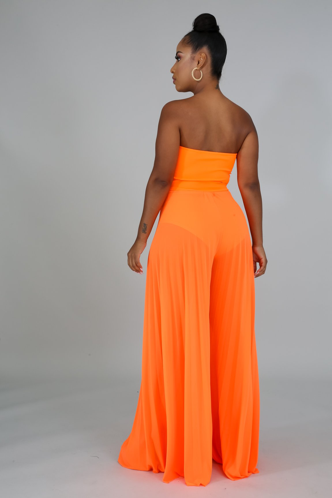 Karina Orange Neon Sheer Pleated Jumper Fit Miami Style