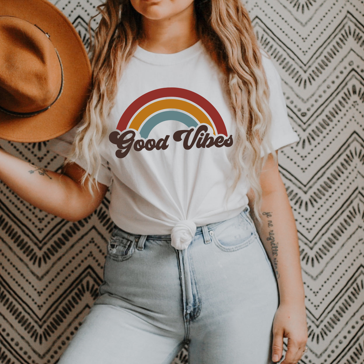 Good Vibes Shirt - Good Vibes Rainbow Shirt - 70s Style Retro Shirt Unisex SS