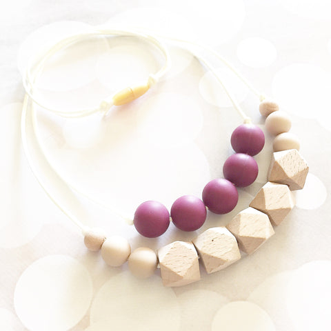 The Mama Tribe Designs Teething necklace nursing necklace for mom with wine purple beads raw natural wood beads chewable food-grade silicone beads breastfeeding new mom gift baby shower gift teething baby with breakaway clasp double strand