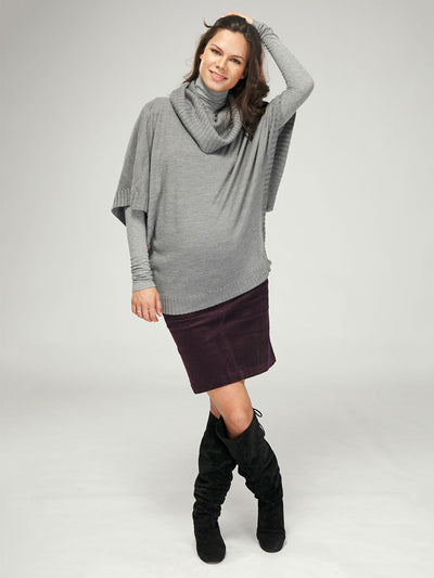 Maternity Poncho with Side Buttons for Discreet Nursing Access