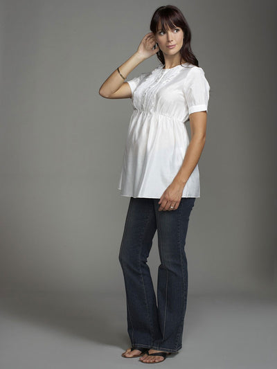 Nursing-Friendly Maternity Shirt Hides Postpartum Belly