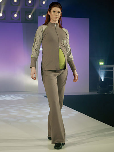 Noppies Maternity Mandarin Collar Ruched Sleeves Sportive Maternity Jacket Paired with Maternity Yoga Pants