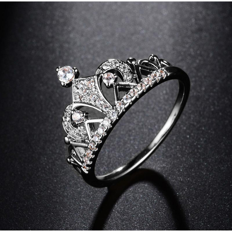 Princess Diamond Crown Ring