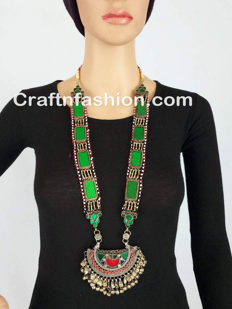 Vintage Traditional Green Stone Boho Necklace set
