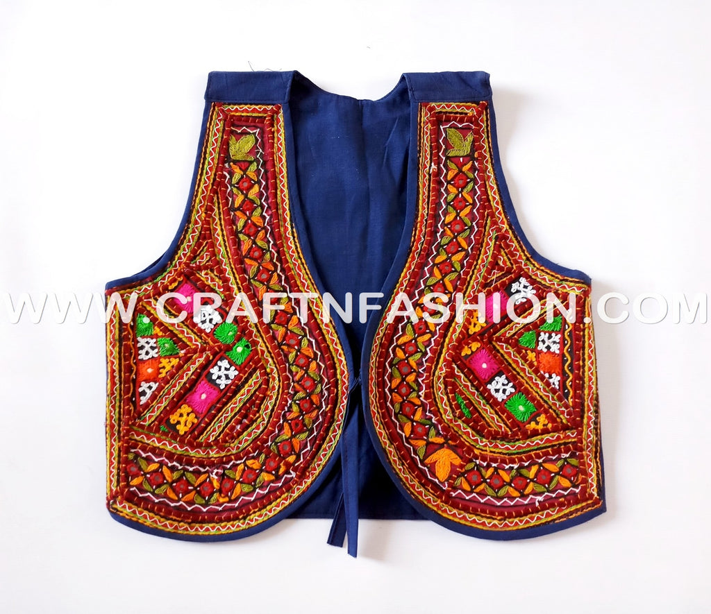 Indian Boho Style Kutch jacket - koti.