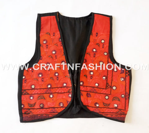 Women's Navratri Wear Gamthi Style Short Jacket.