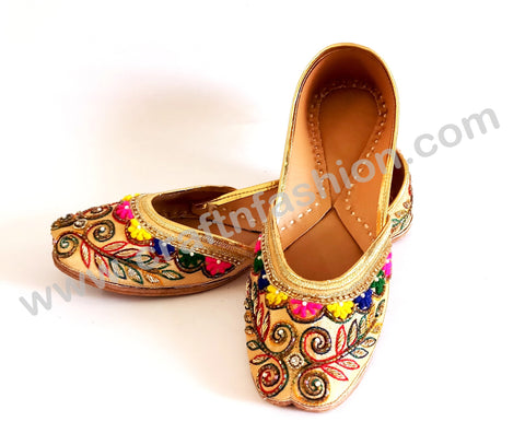 Multicolored Embroidered Punjabi Khussa Jutti