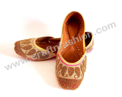 Wedding Wear Beaded Punjabi Mojari