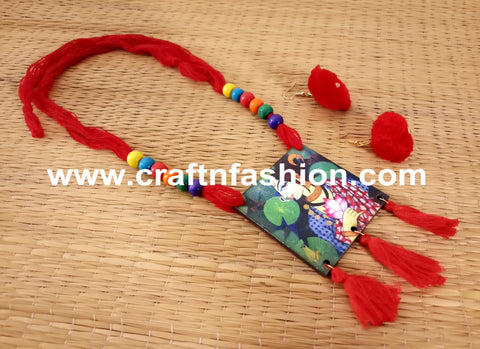 Hand Painted Cotton Thread Necklace With Earrings