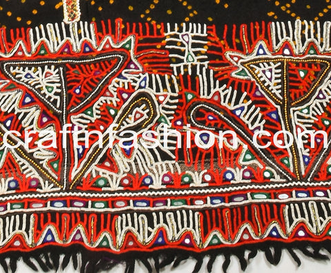 Traditional Rabari Embroidery Woolen Shawl