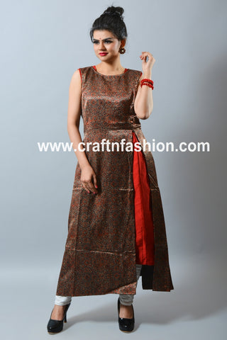 Ajrakh Print Side Slit Mashroo Silk Kurti