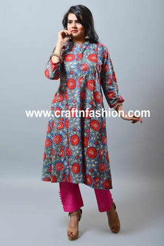 Cotton Floral Print Kurti & Narrow Trouser