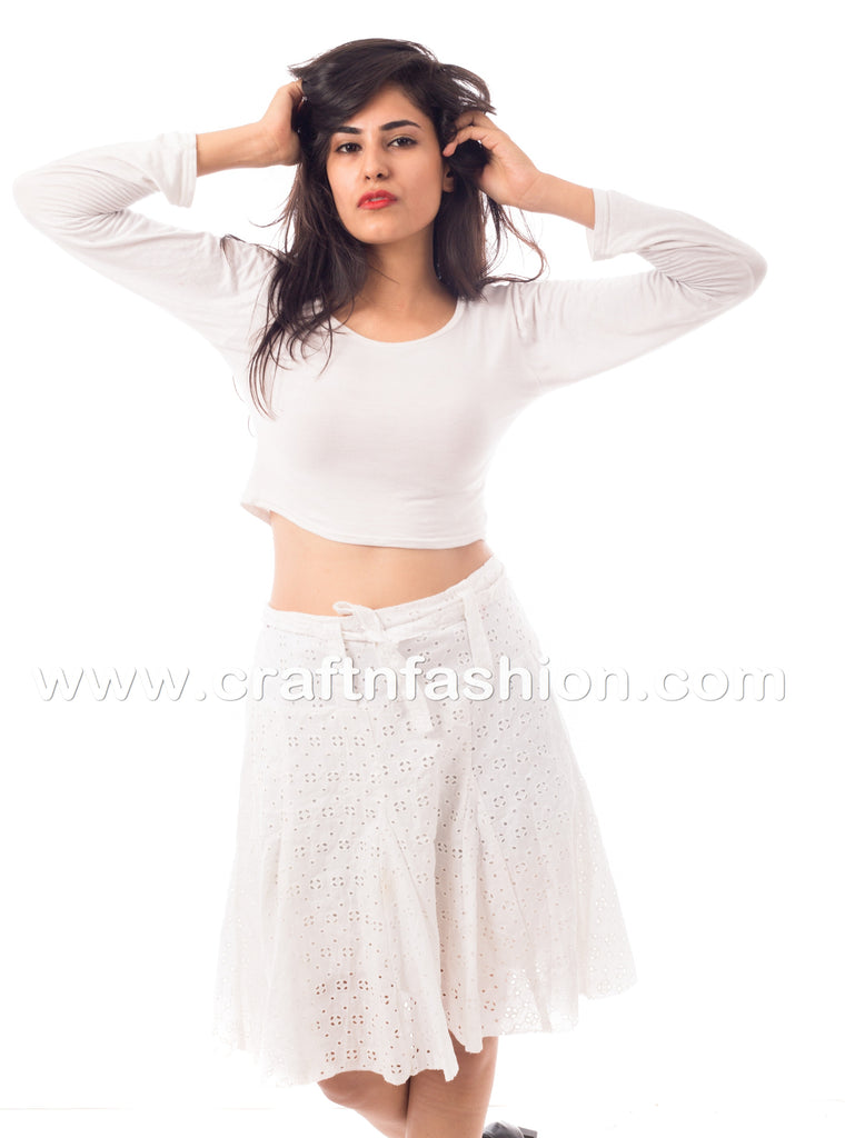 White Hakoba Embroidered Cotton Mini Skirt