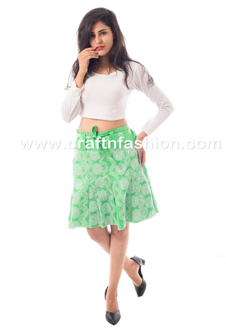 Ladies Fashionable Knee Length Hakoba Skirt