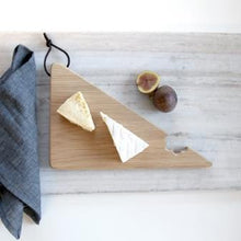 Hop & Peck - Cheese Bite Serving Board