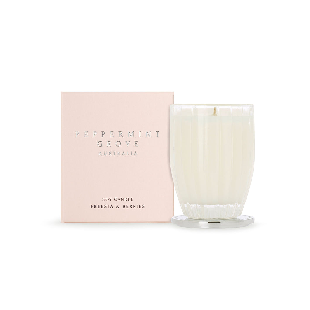 Peppermint Grove - Freesia & Berries - 200g Candle
