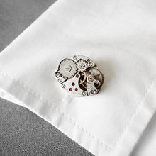 Roderick Vere - Cufflinks - Mr Darcy - Oval on Cuff