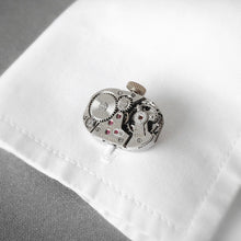 Roderick Vere - Cufflinks - Mr Darcy - Rectangular on cuff