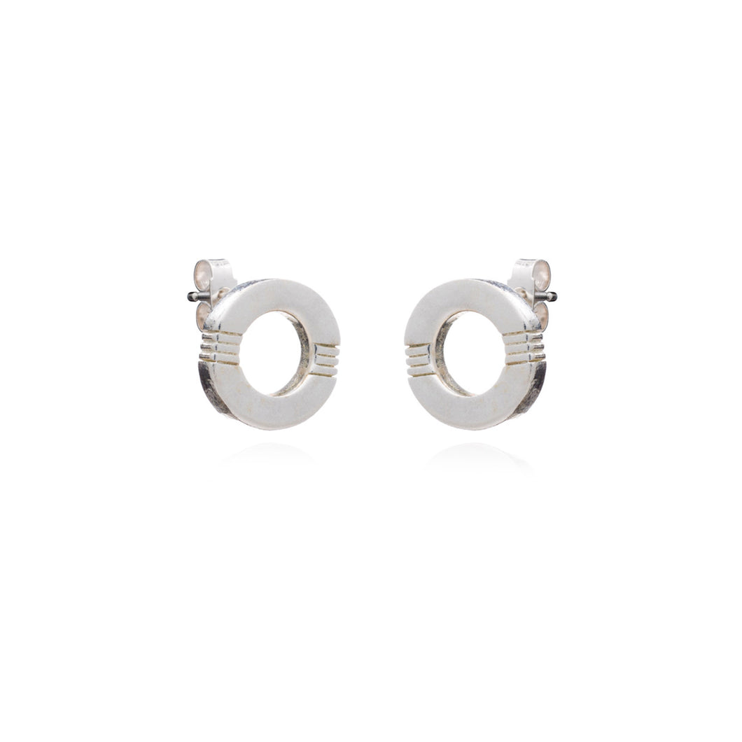 Cabbage White - Infinity studs - Silver