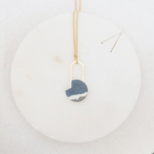daria brass jesmonite necklace blue white grey