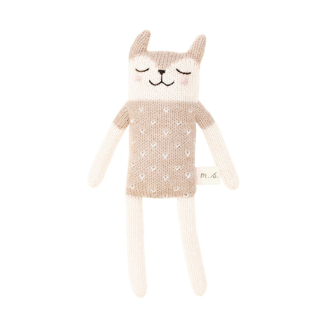 main sauvage Fawn Cat Knitted Soft Toy - Sand