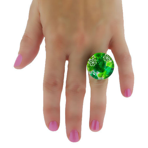 Venetian Murano Glass Glowing Green and Silver Marbling Round Ring