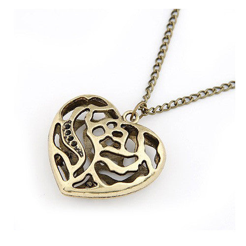 Chubby Filigree Heart Vintage Style Pendant Sweater Necklace