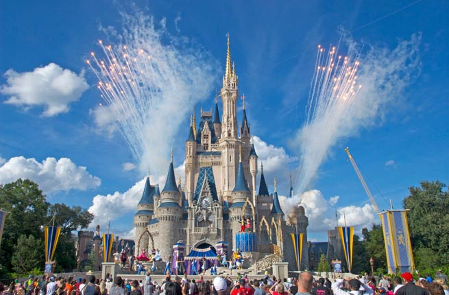 Disney Holidays Orlando Ticket Offer:Stay in a Disney Resort Hotel to enjoy a14-day ticket at a 7-day price