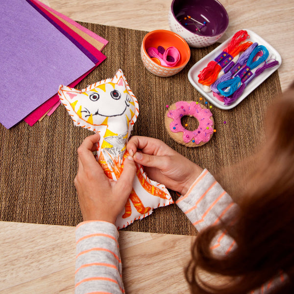 Craft-tastic Learn to Sew Kit - Fall 2017