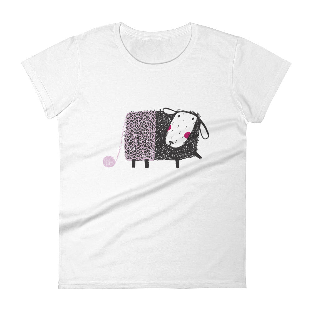 Sheep with Lavender Yarn Women's Short Sleeve Tee