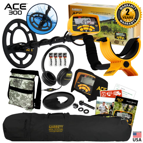 Garrett ACE 300 Metal Detector w/ 7 x 10″ Waterproof Coil, Carry Bag, Camo Pouch