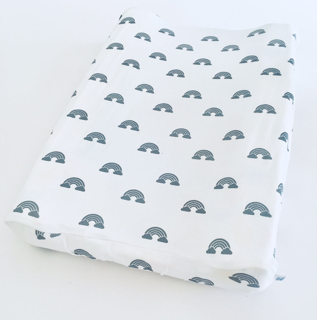 Change mat cover - White with grey cloud