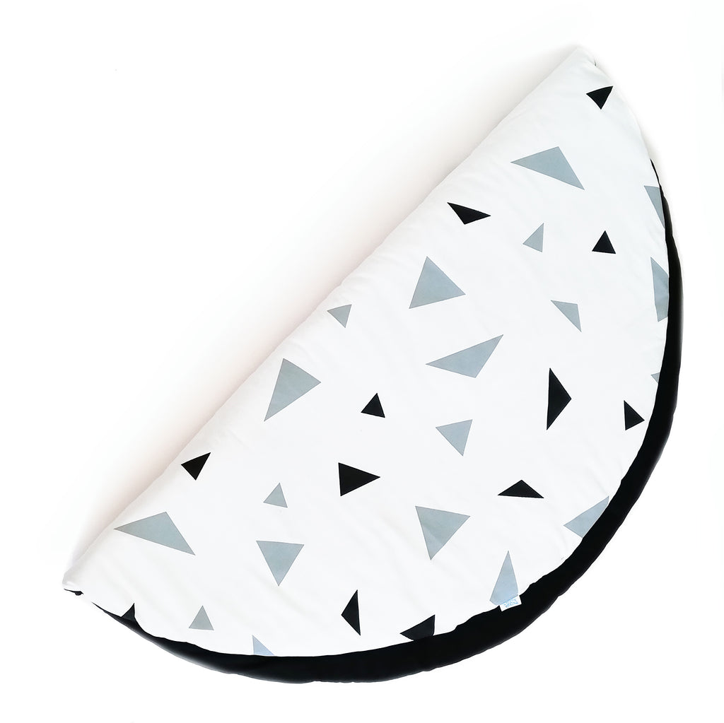 Black & Grey Triangle Playmat