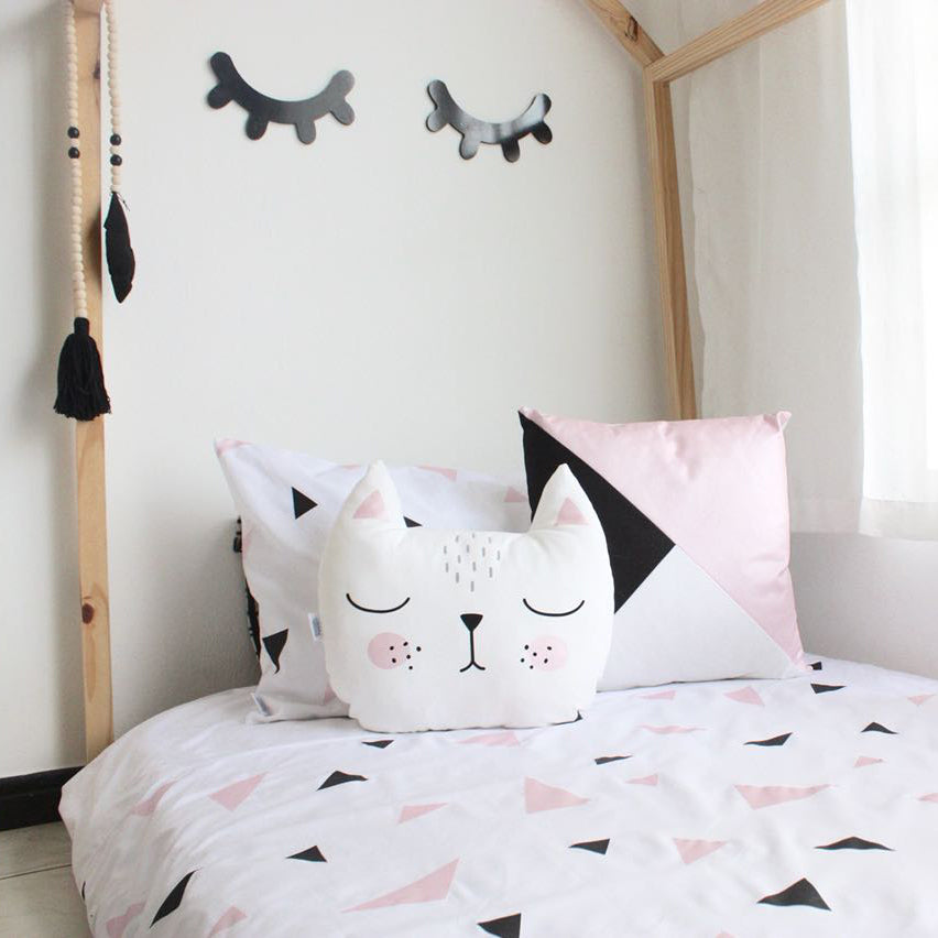 Triangle Duvet Set - Pink & Black