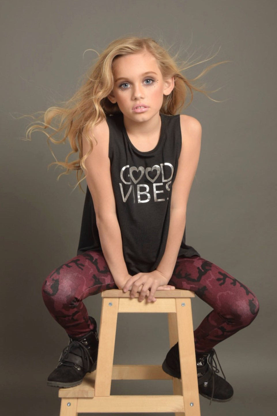 Good Vibes Tank-Tanks-Fanilu