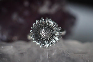 Sterling silver sunflower ring US 7.5