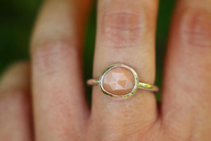 Sterling silver peach moonstone ring US 8
