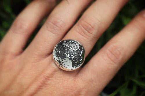 Sterling silver moon ring US size 7