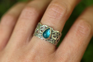 Boho Lace wide band ring with rose cut teal blue apatite US 8