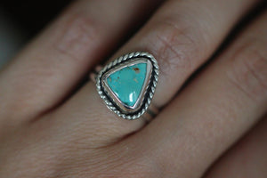 Sterling silver natural Kingman turquoise ring US 6