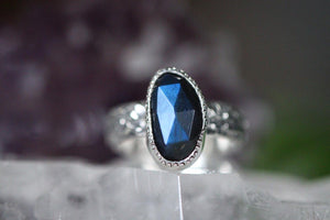 Sterling silver labradorite ring US 5.75
