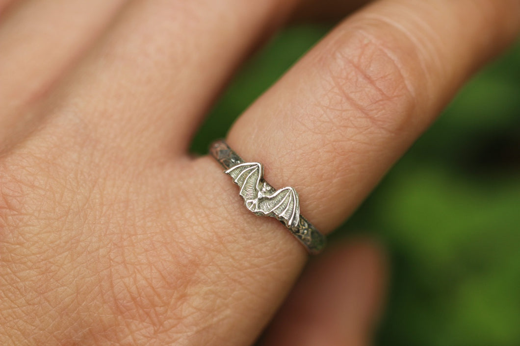 Sterling silver bat ring 8