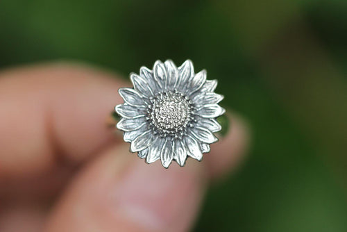 Sterling silver sunflower ring US 6.5