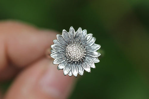 Sterling silver sunflower ring US 7