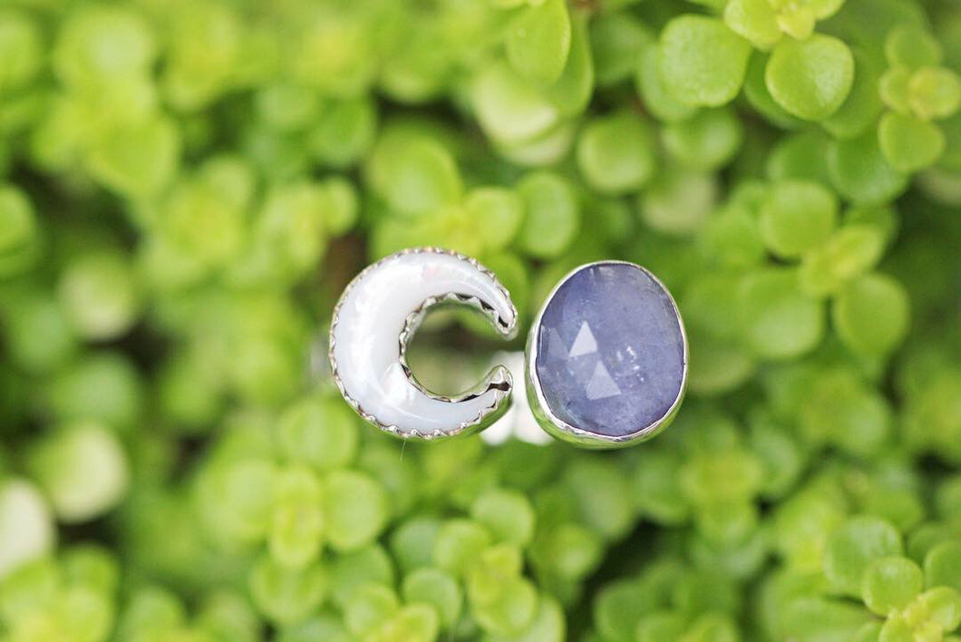 Adjustable moon mother of pearl and tanzanite floral ring